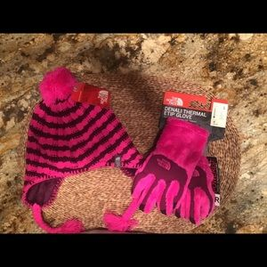 North Face hat and gloves-Girls Set